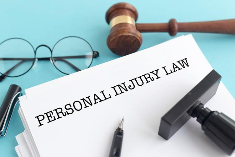 Hiring A Trial Lawyer For Your Personal Injury Case Makes Sense